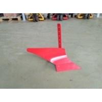 Плуг П1-215/10 (стойка 10мм, ширина захв. лемеха 215мм.)